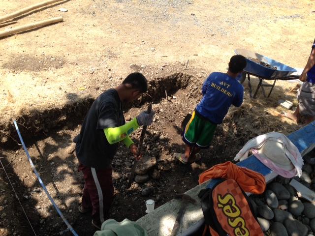 浄化槽掘り