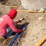器材洗い場への水供給パイプ