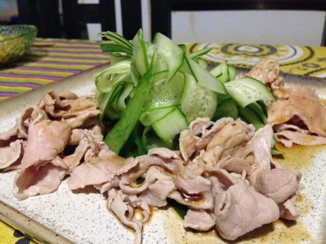 ゆで豚ときゅうり