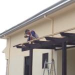 屋根を打ち付ける角材