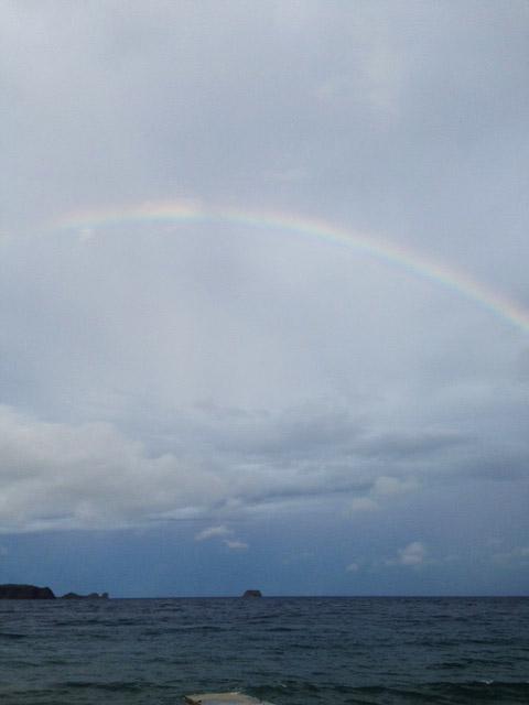 アニラオに虹