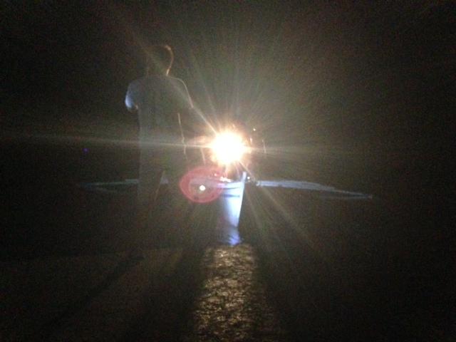 夜のバンカーボート