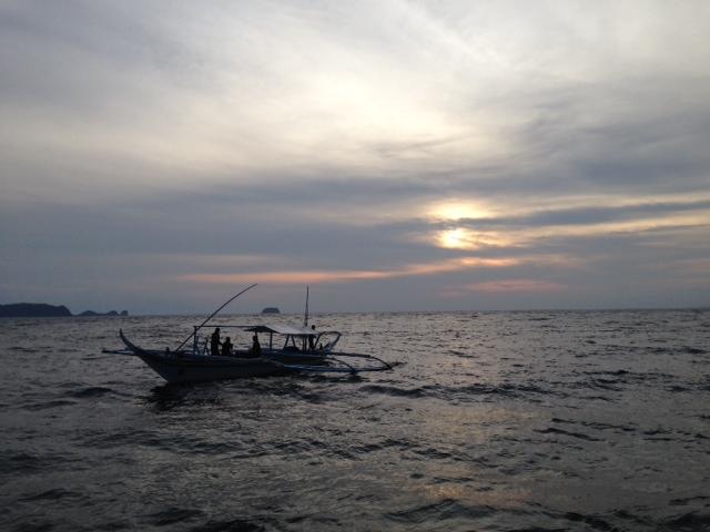 日没時のバンカーボート