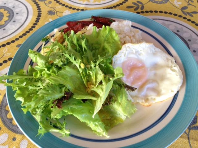 アニラオの朝食