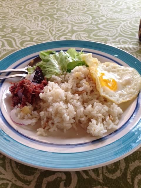 フィリピンの朝ごはん