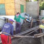 発電機の屋根設置開始