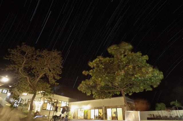 リゾートから見た東の星空