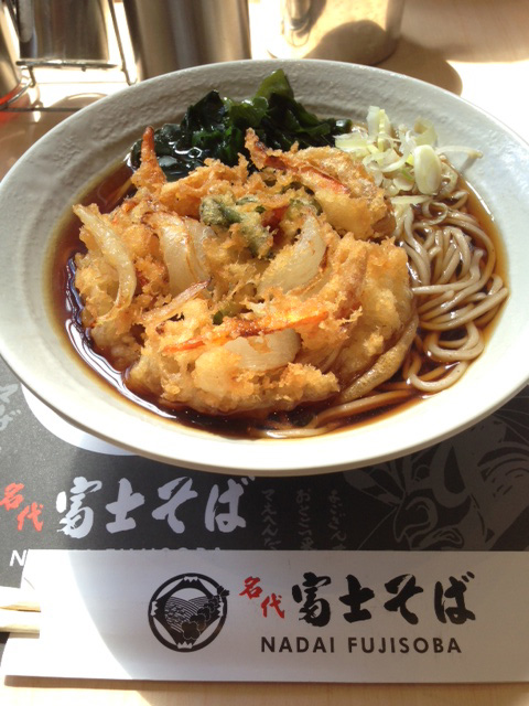 マニラ富士そば野菜かき揚げそば