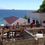 13日、屋根の梁作成。