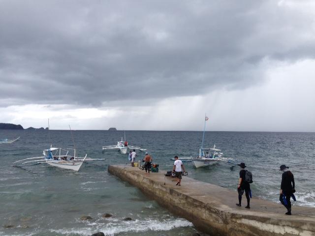 フィリピンの午前の海
