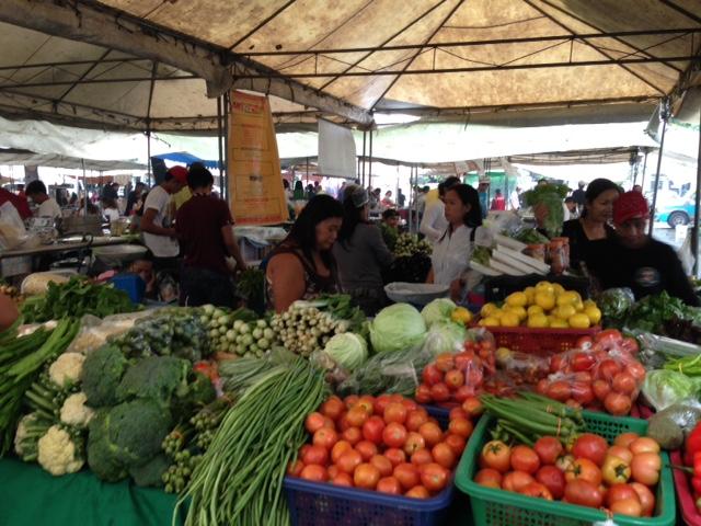 レガスピウィークエンドマーケット野菜