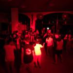 大学生から70歳まで、踊る!