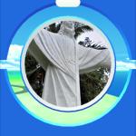 キリスト像。もう一つのポケストップはどこかのリゾートの中の立像のよう。