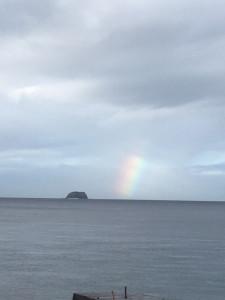 アニラオの海の虹