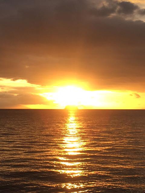 フィリピンの海と夕日