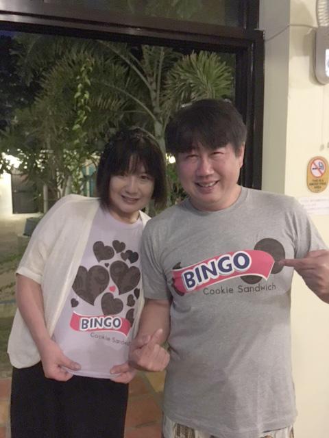 bingoユニクロシャツ