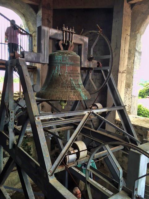 タアル教会のベルタワー内部